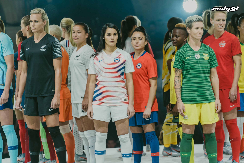 El futuro (y el presente) es femenino  Nike lanza completa colección ... c93400daedec6